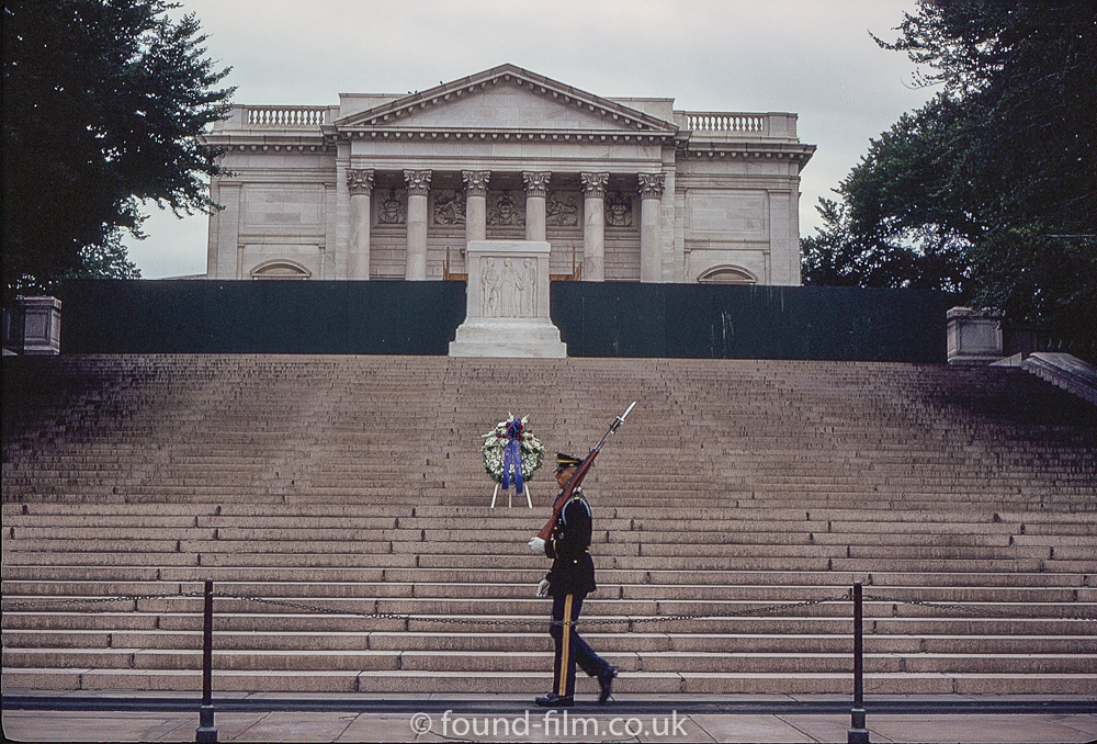 Tomb of the unknowns - Arlington