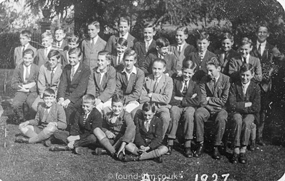 Black & white school group photo from August 1927