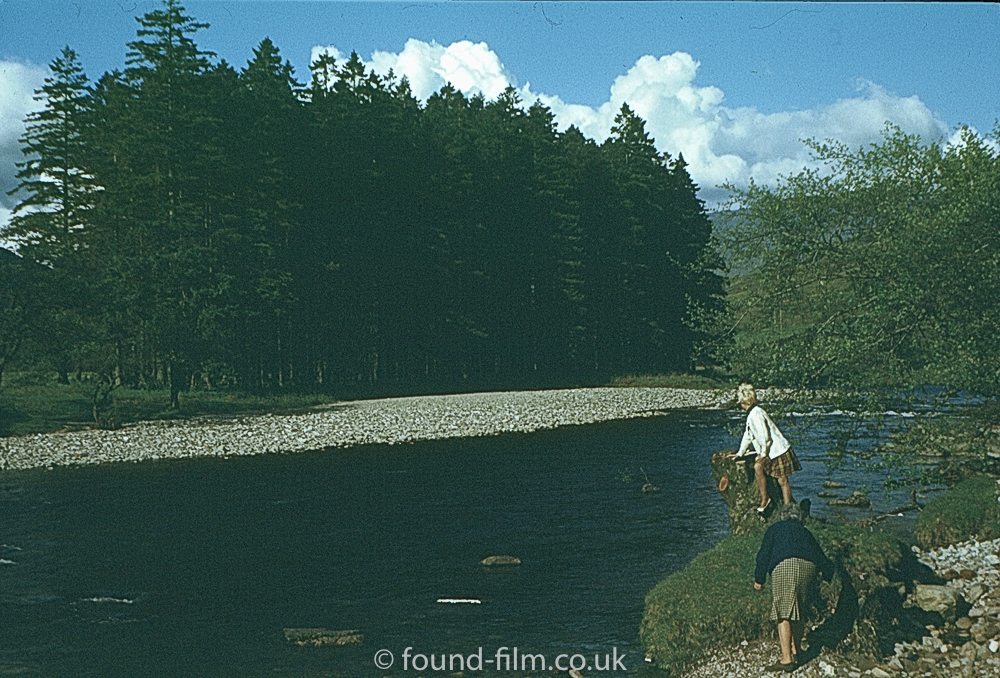 The look of Ilford film - Two women by a river